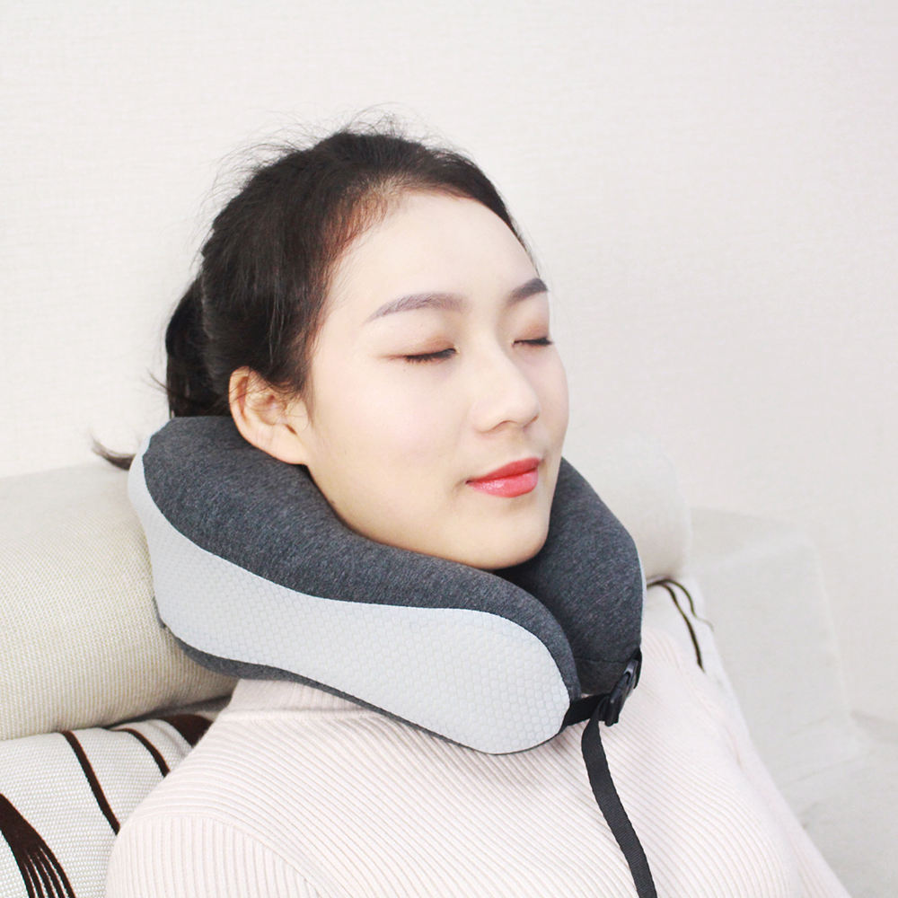 2020 Saien factory Stock bamboo memory foam airplane travel neck support pillow with soccer mesh