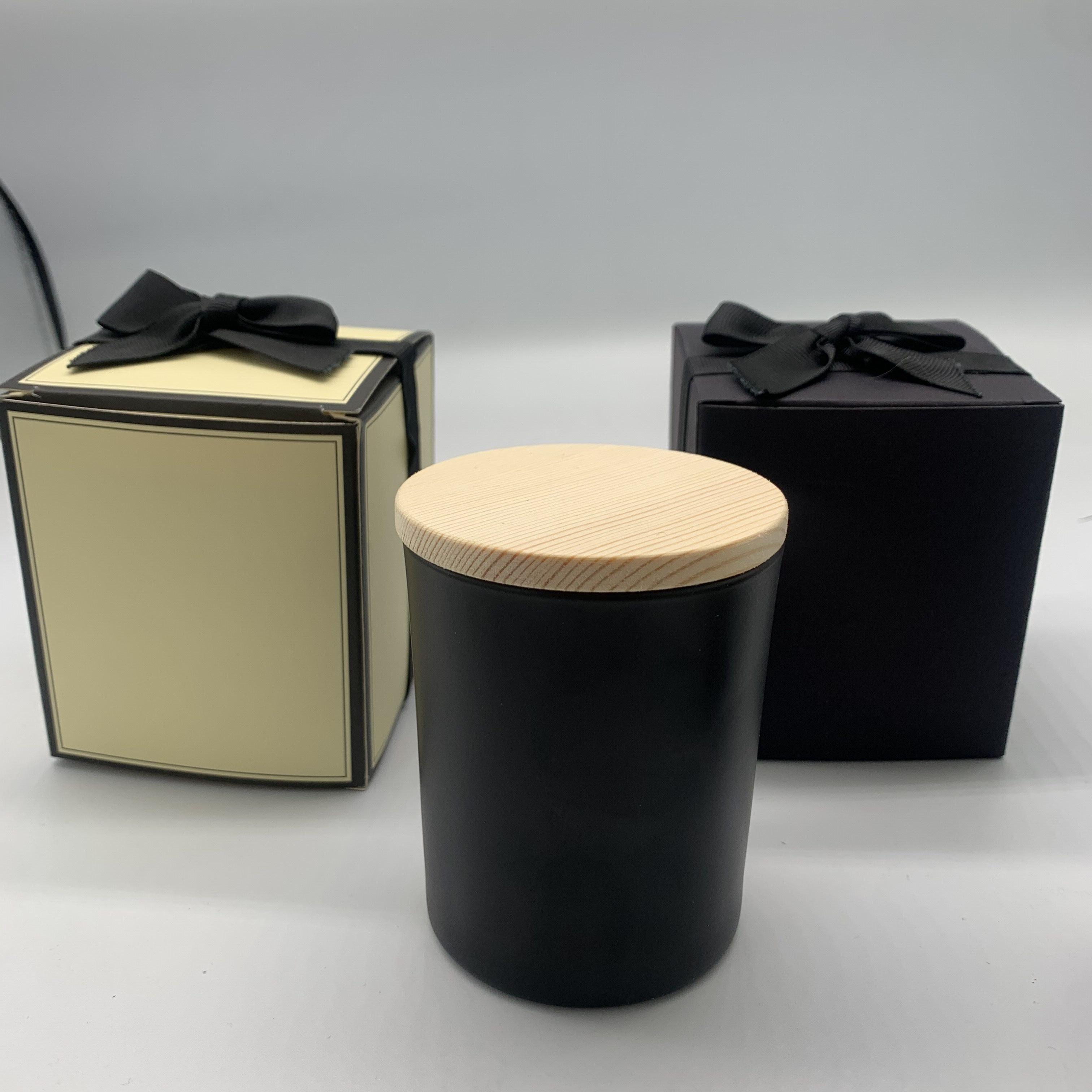 Luxury fancy design 10oz matt black candle jar with wooden lids and gift box