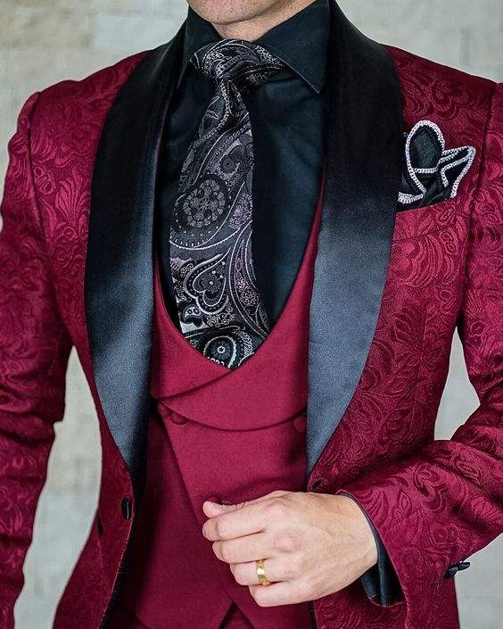 HD150 2021 Tailor-Made Burgundy Wedding Men Suits Slim Fit Tuxedo 3 Pieces Suits Groom Prom Jacquard Blazer Terno Masculino Suit