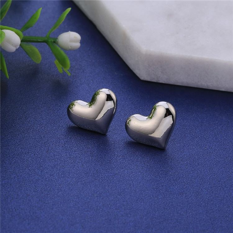 Korean Style Women Best Friend Gift Cute Love Earrings Stud Heart Gold Silver Black Color Earrings