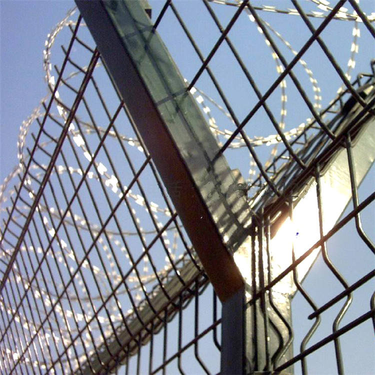 Pvc Coating Welded Wire Mesh Airport Fence Security Netting