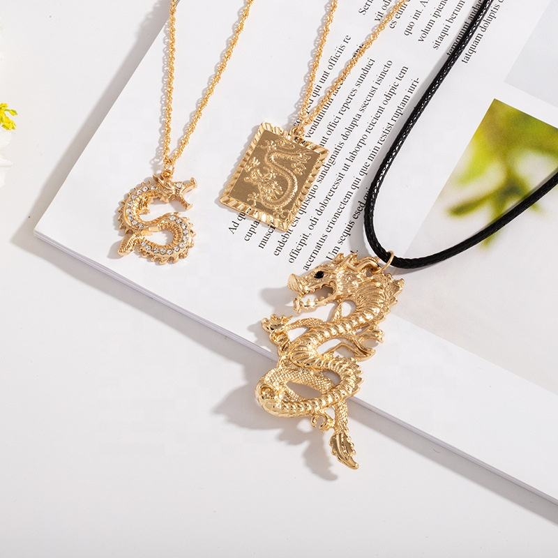 Luxury Square Snake Pendant Necklace Men Jewelry Gold Dragon Necklace