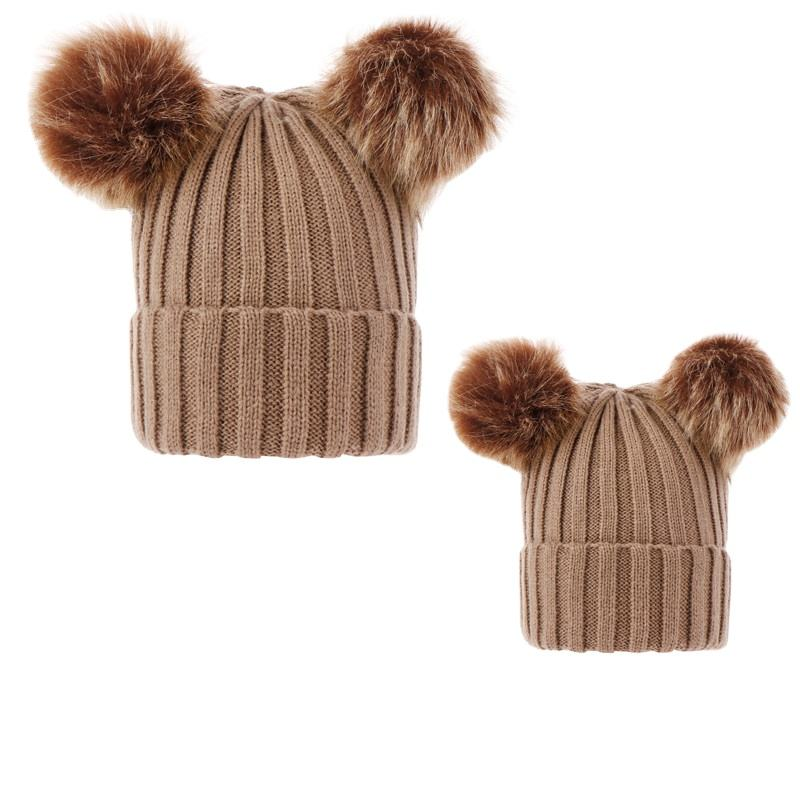 Wholesale Winter Warm Plain Fur PomPom MomとBaby Knitted Beanie Hat Set