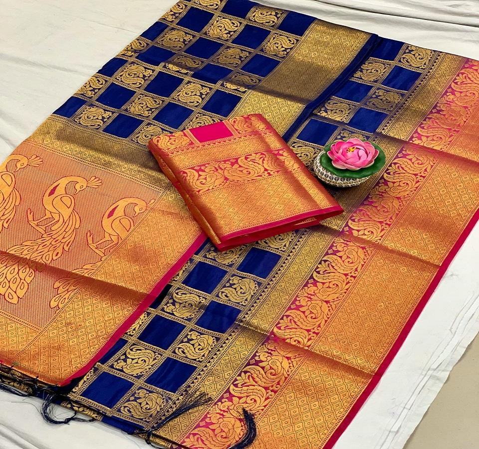 banarasi silk saree with weaving design and rich pallu with contrast blouse ladiesparty wear saree
