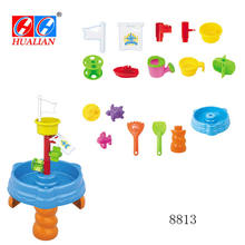 Play fun plastic sand and water table for kids