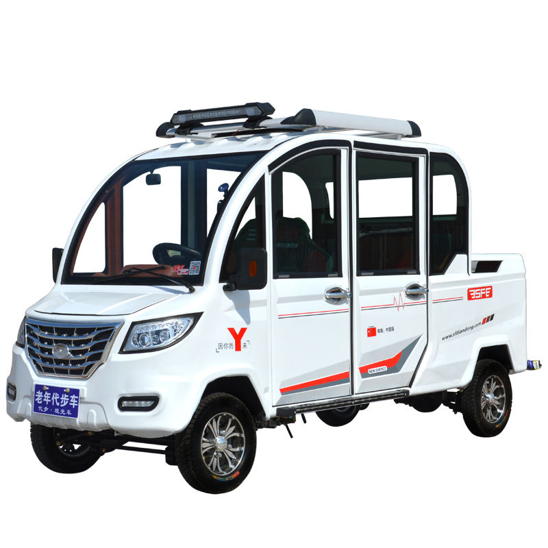 Fully enclosed motor tricycle 3-4 passenger tricycle fuel gasoline tricycle motorcycle for freight