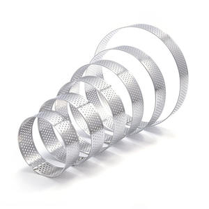 Circular Stainless Steel Porous Tart Ring Bottom Tower Pie Cake Mould Baking Tools Heat-Resistant Perforated Cake Mousse Ring