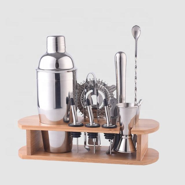Factory Direct 700ml stainless steel cocktail shaker barware set with bamboo wood stand