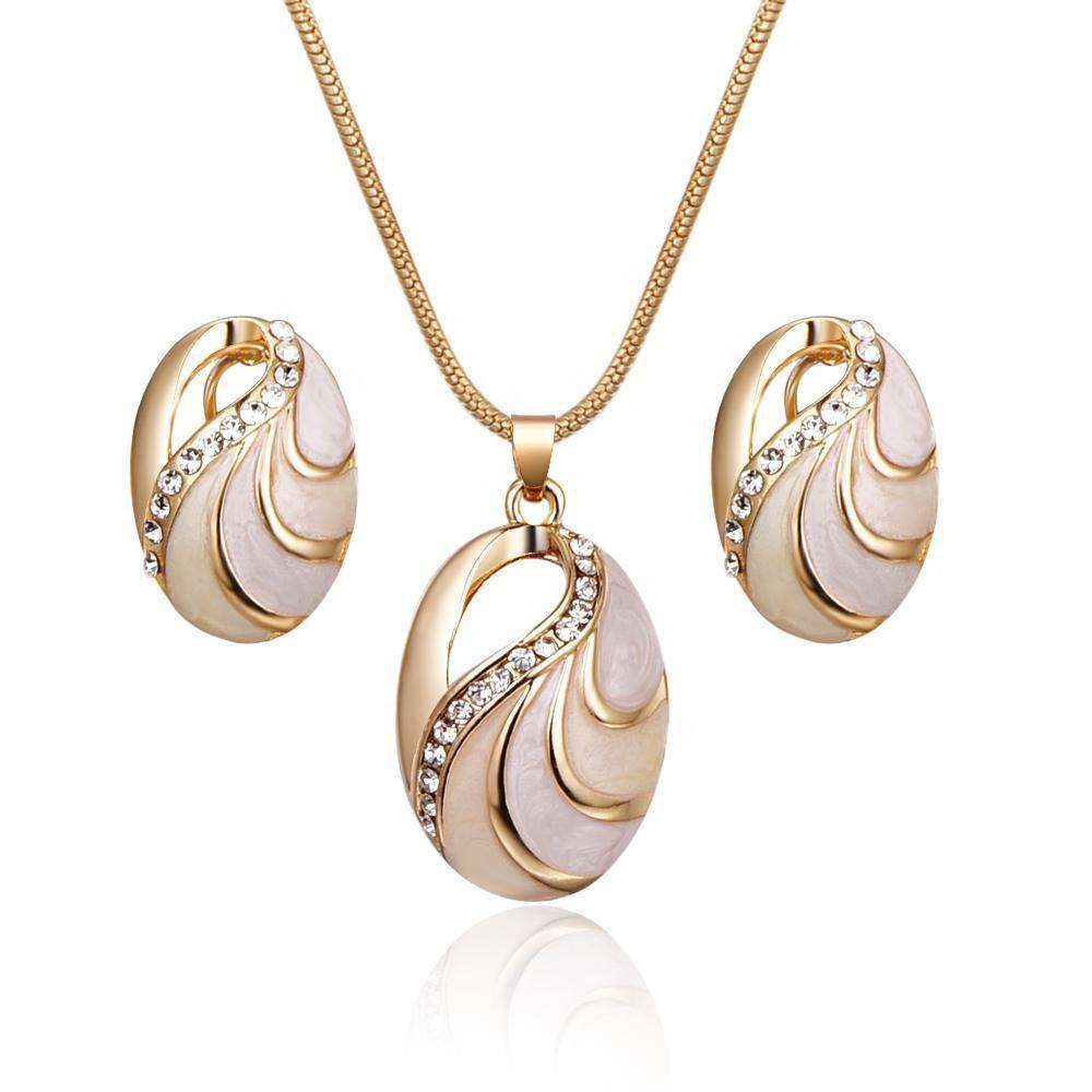 2020 Christmas new fashion Turtle shell necklace and earring women wedding jewelry set