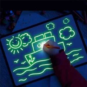 A4 size 2021 HOT amazon new idea magic phosphorescence flashing toys Photoluminescent drawing board for children at dark night