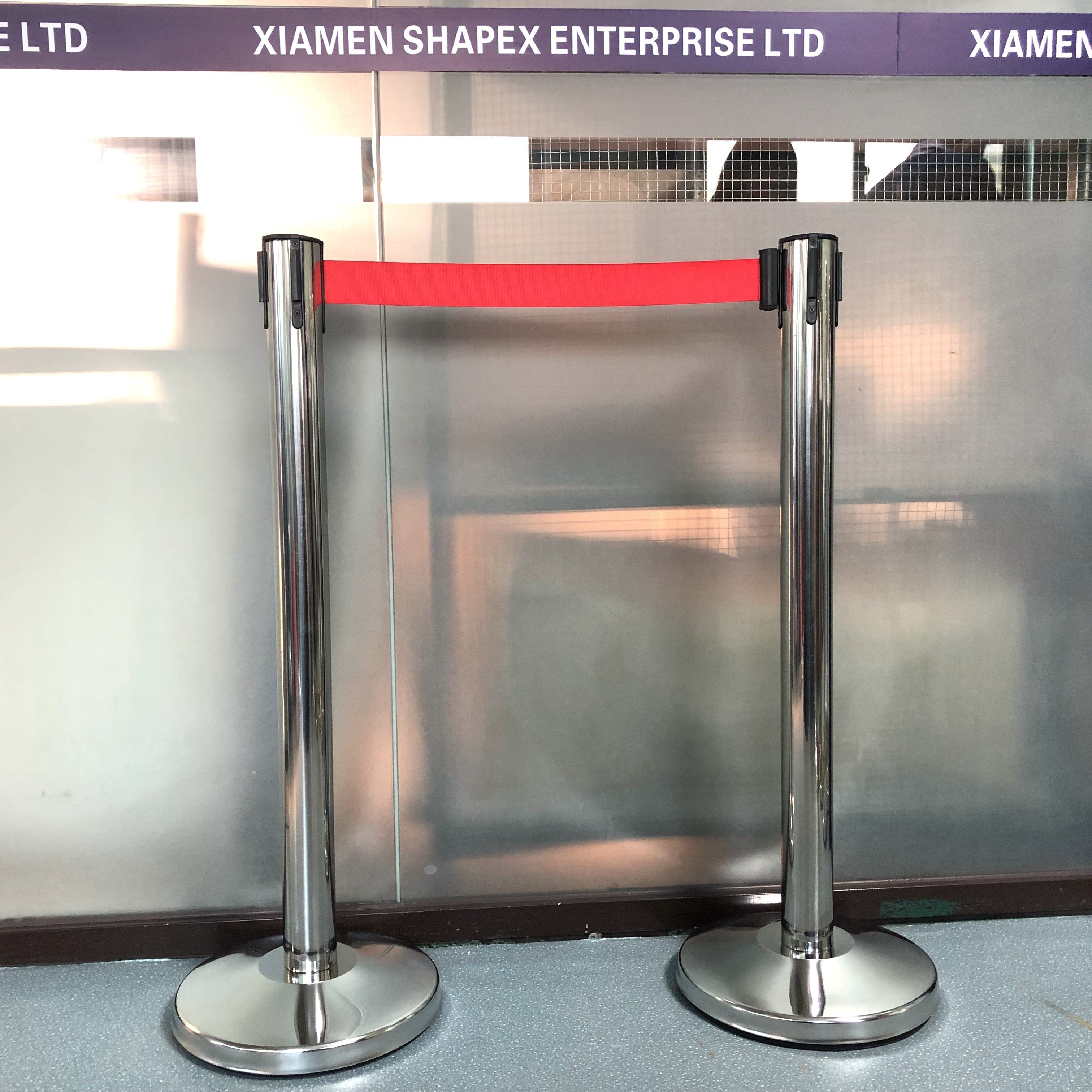 Museum Use Queue Pole Line Stand Post Safty Red Rope Barriers