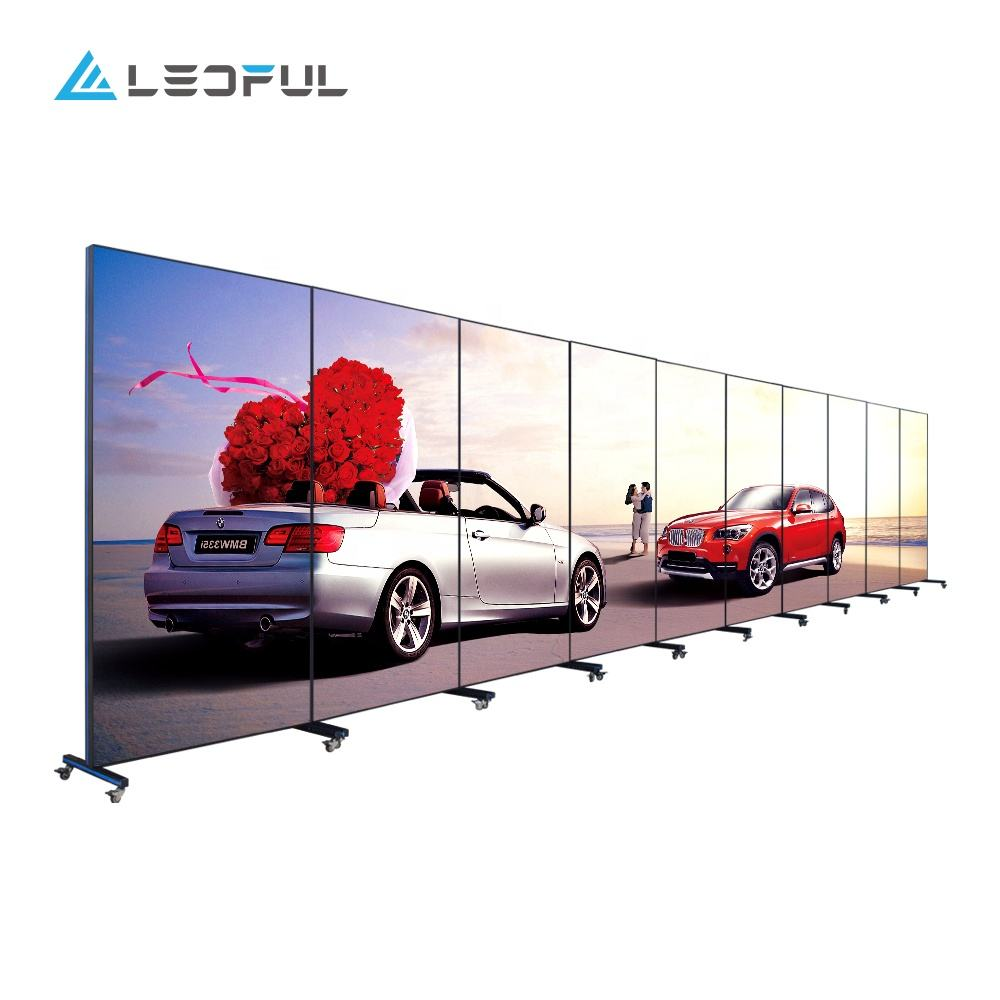 High resolution easy moving speaker P2.5 Plus indoor LED digital poster for advertising