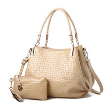 2020 Europe new crocodile leather women's  mother bag shoulder Messenger ladies women bright leather handbags