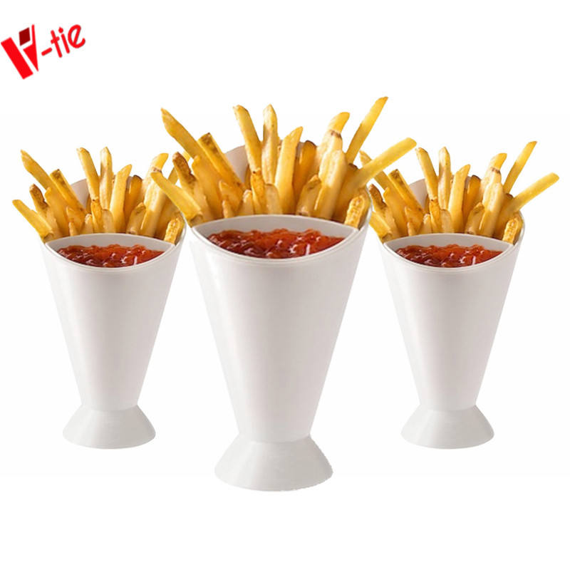 Factory price kitchen gadget BPA free plastic storage cone dipping vegetable salad french fries cup with potato dip cup