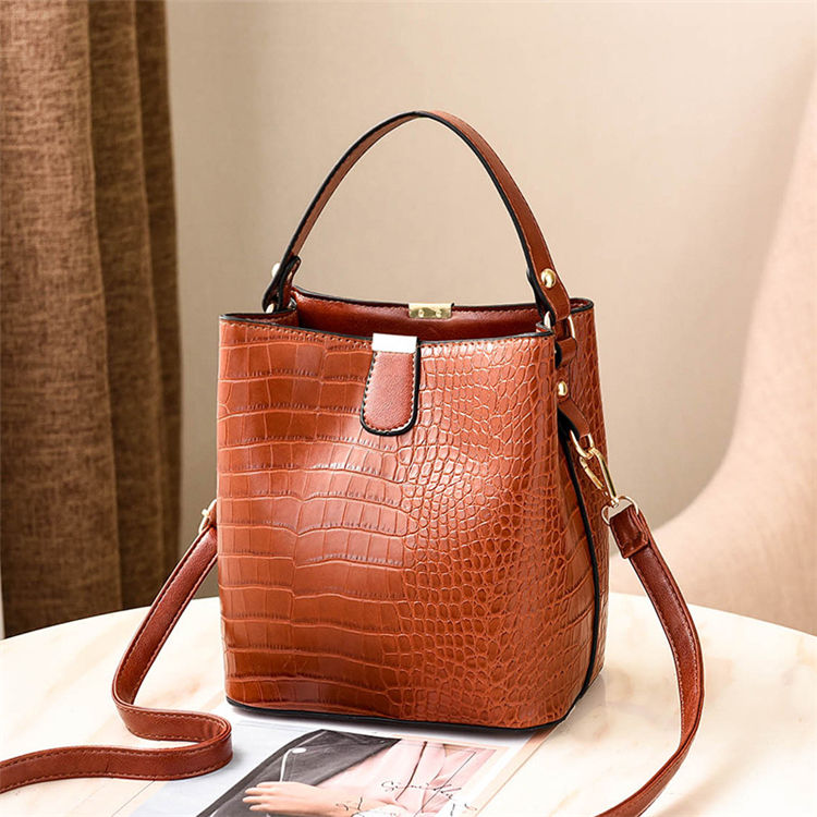 2020 trending custom design hot sell brown pu leather lady hand bags women