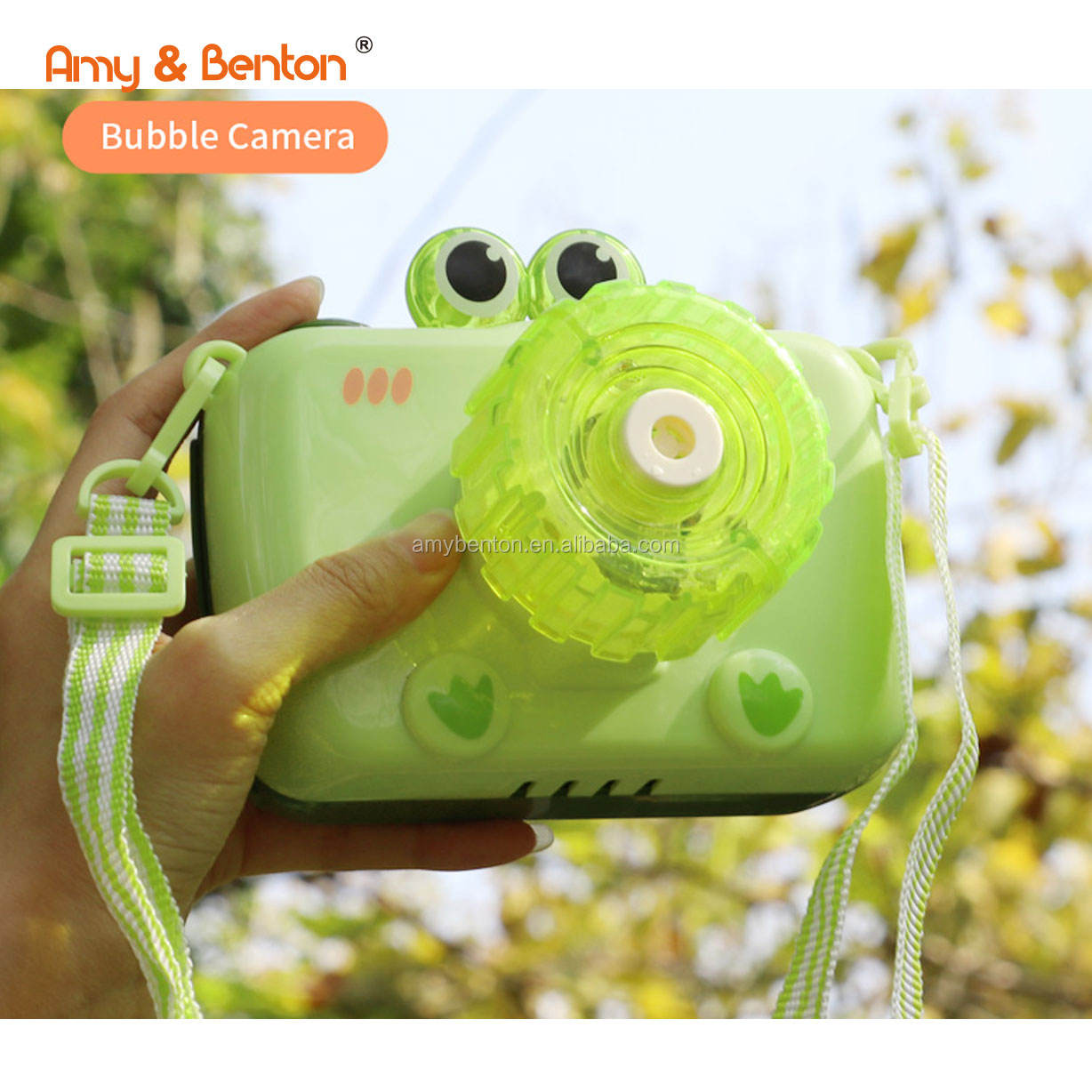Cute kids bubble maker toys electric frog bubble camera bubble machine with light and music