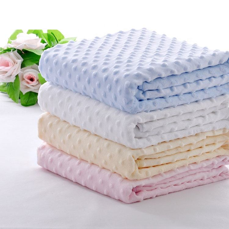 Wholesale China Organic Cotton Minky Dot Summer Sleep Thin Blanket for Adult