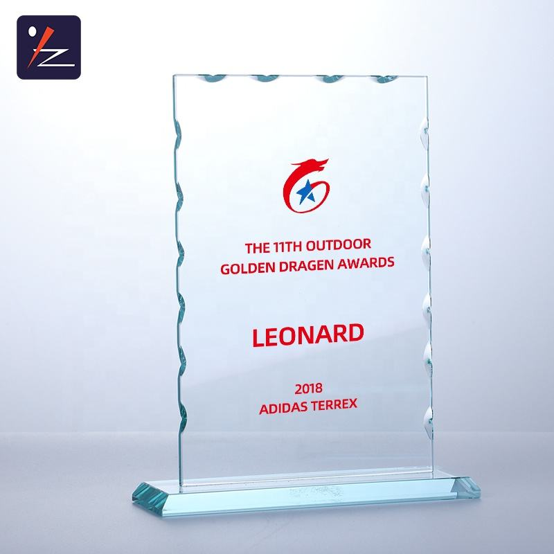 Green Glass Square Shape Trophy Award Customise Glass Award Trophy For Business Gift