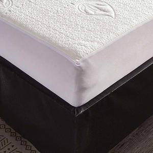 Super Soft Home Hotel Goods Quilted Mattress Protector Bedspread Waterproof