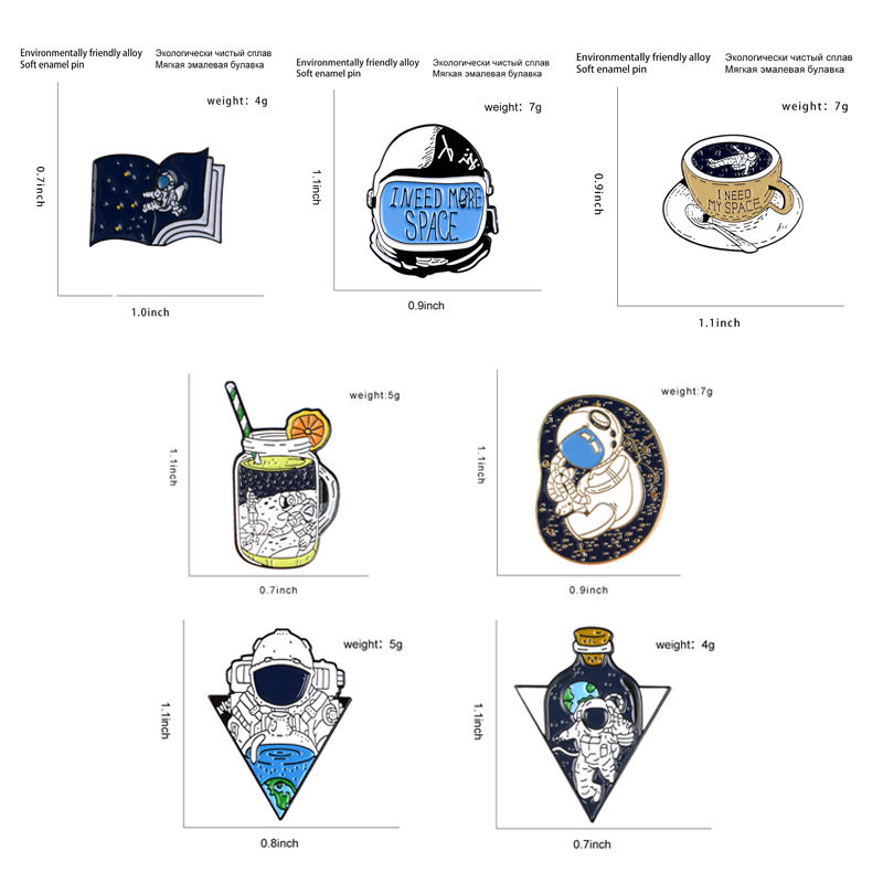 Astronaut Helmet Brooches Universe Earth Starry Sky Coffee Cup Holiday Lapel Pins