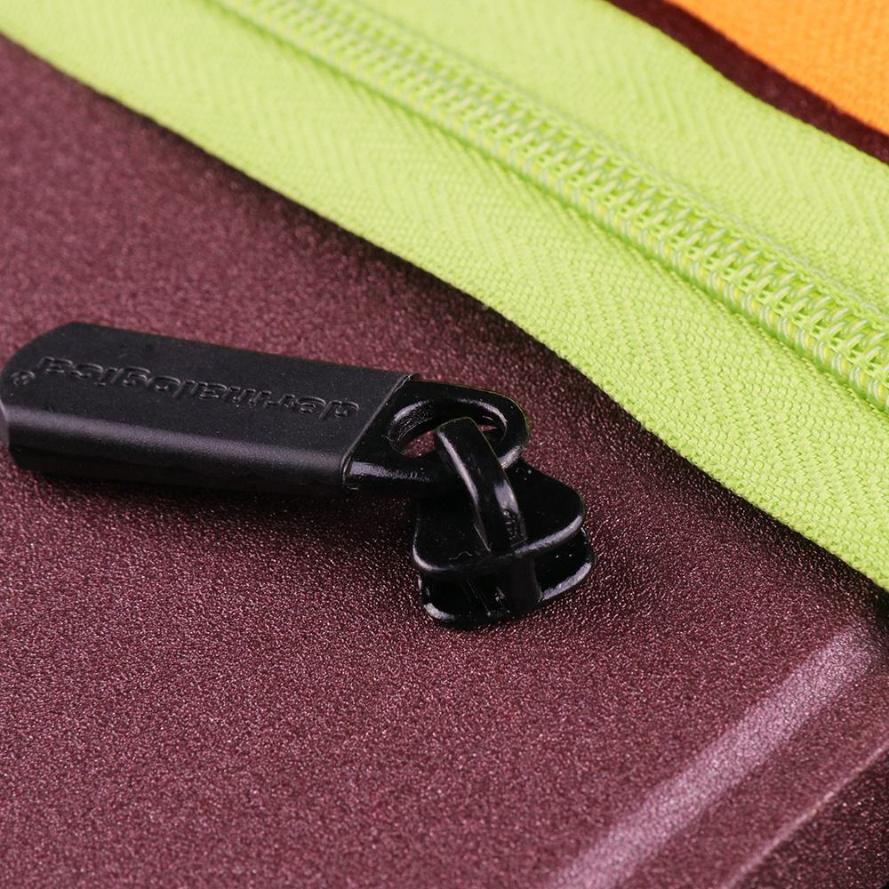 YUANXING Black Plastic Tag Custom Logo Zip Pullers Zipper Sliders For Garment Bag