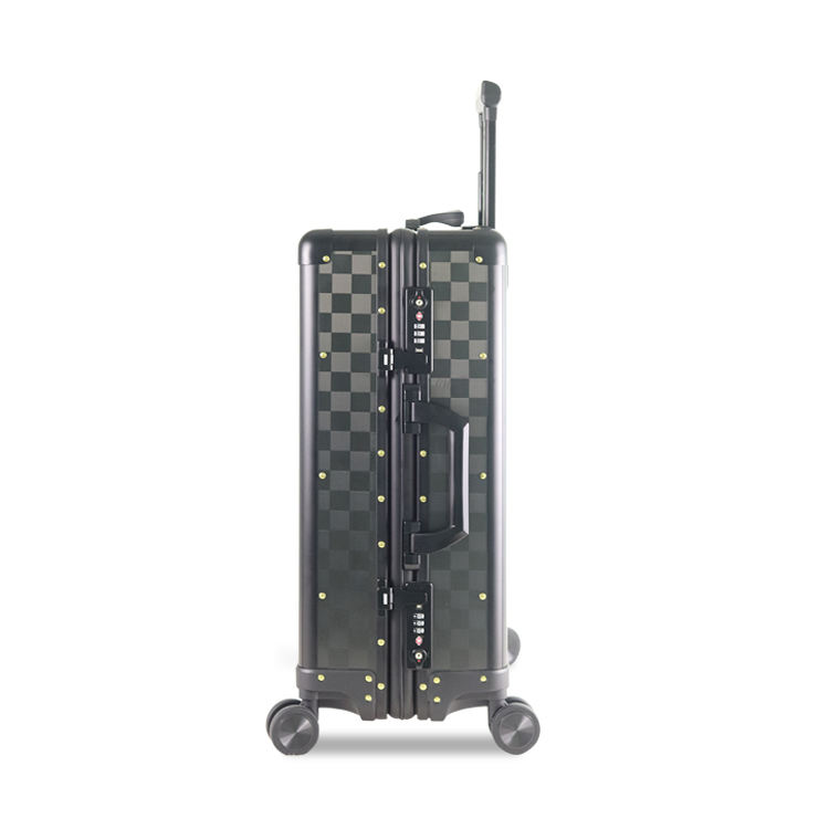 lightweight hard case carbon fiber trolley luggage bag carry on type luggage and suitcase with usb charging