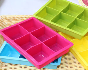 China Factory wholesale new design silicone ice cubes tray