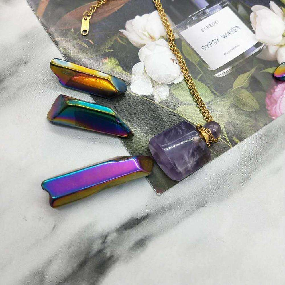 Hot selling Natural Beautiful Rainbow Metal Aura Electroplating Clear Quartz Crystal Tumble Point for Crystal Home Decoration