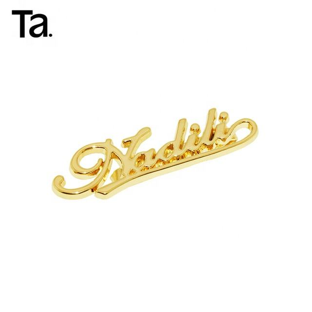TANAI 2018 New arrival custom metal label engraved letter logo bag accessories float metal logo for bags