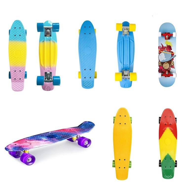 Customized Design Skateboard for Kids/men Outdoor longboard with plastics bracket from shenzhen factory