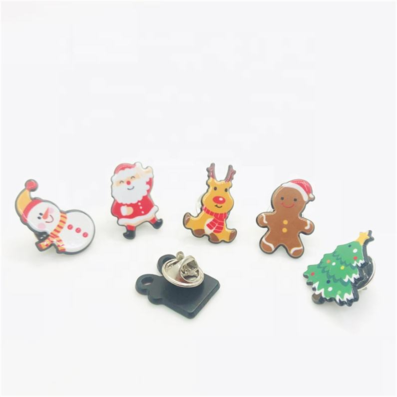 Wholesale cute animal cartoon metal lapel soft enamel pin custom badge plastic