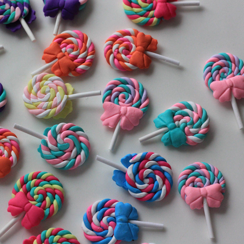 High Quality Beauty Colors Kawaii Spiral Rainbow Lollipop Candy Polymer Clay Cabochons Flatback For DIY Phone Decoration