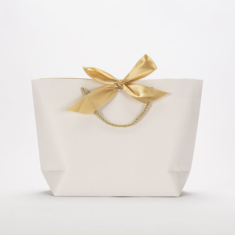 High Quality Elegant Fashion Style Wedding Party Gifts Packaging Boat Shape Paper Bag with Ribbon Handles