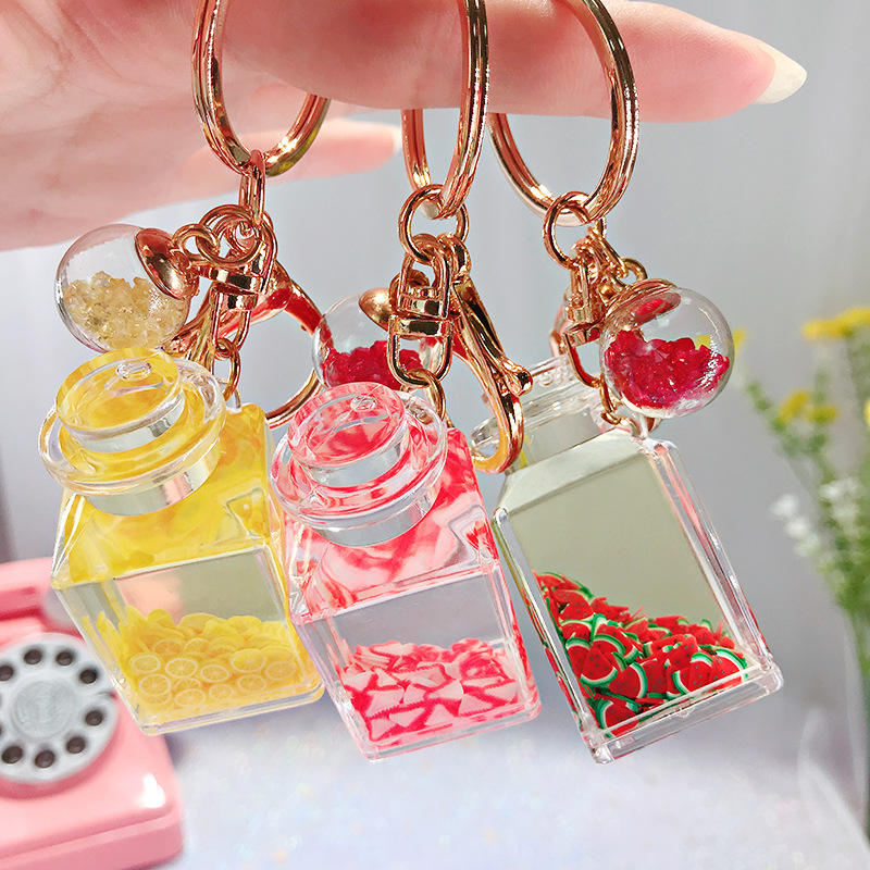 Cute girl heart floating fruit bottle key chain creative water world animal quicksand keychain