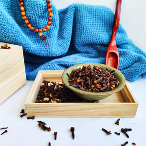 Hot Selling Seasoning Wholesale Caryophylli Flos Syzygium Aromaticum Seeds/Cengkeh Best Price Cloves/clou de girofle