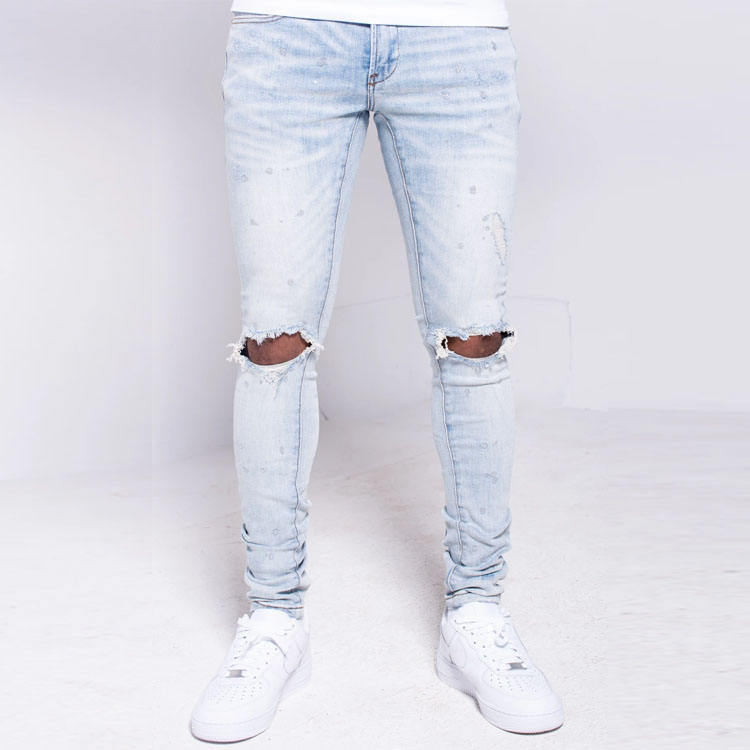 Wholesale factory price custom light wash silver painted distressed knees rips men denim jeans