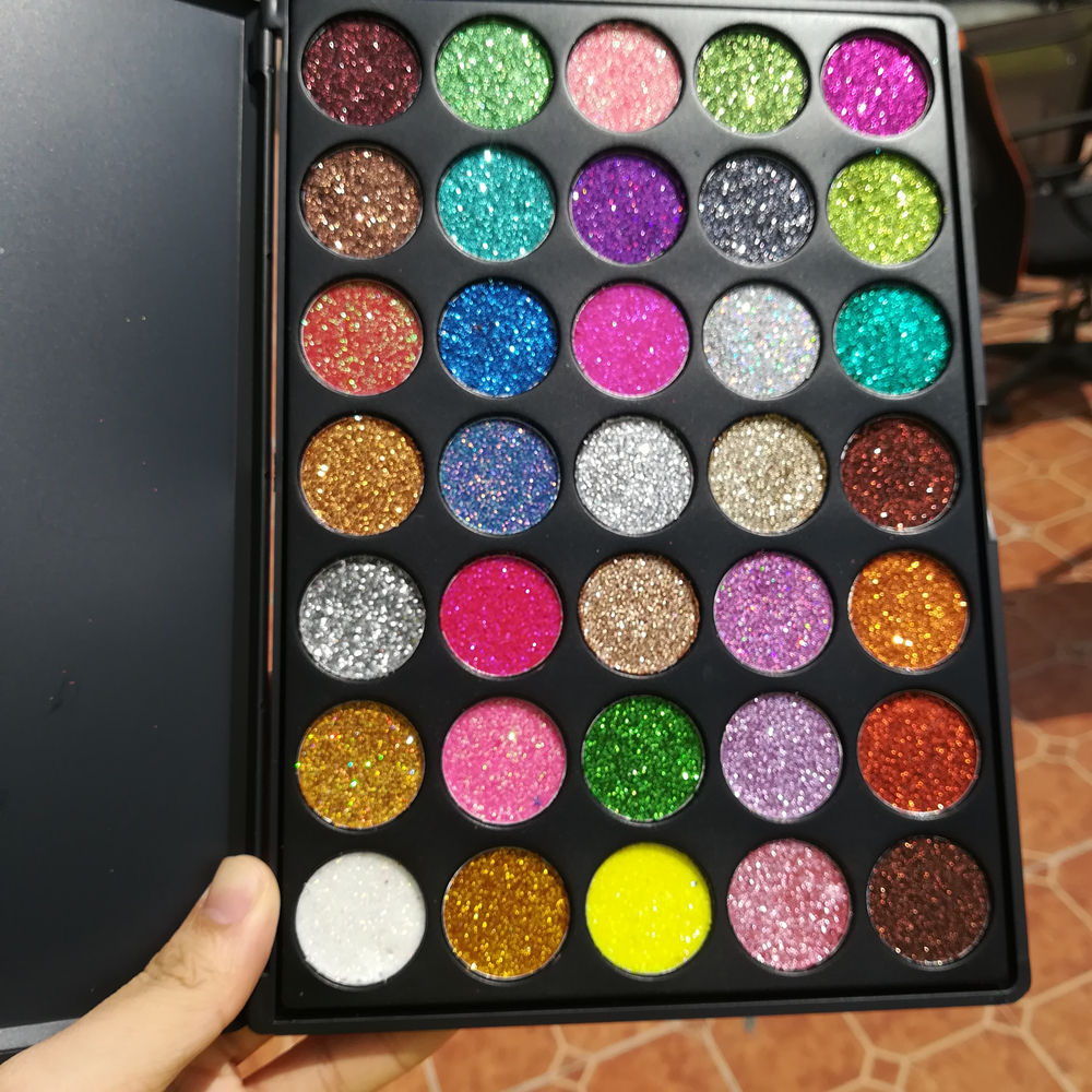 Eyeshadow palette vendor stamp high quality matte glitter pigment no logo eyeshadow