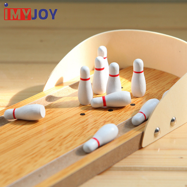 Low price interactive board games puzzle wooden toys mini wooden desktop bowling game for kid