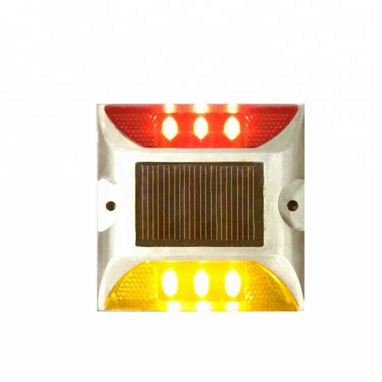 IP68 LED Solar Powered Driveway Marker Road Stud Cat Eye Reflector
