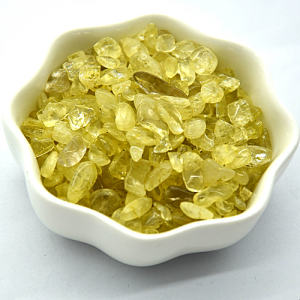 Yellow and transparent Natural Quartz Crystal chips