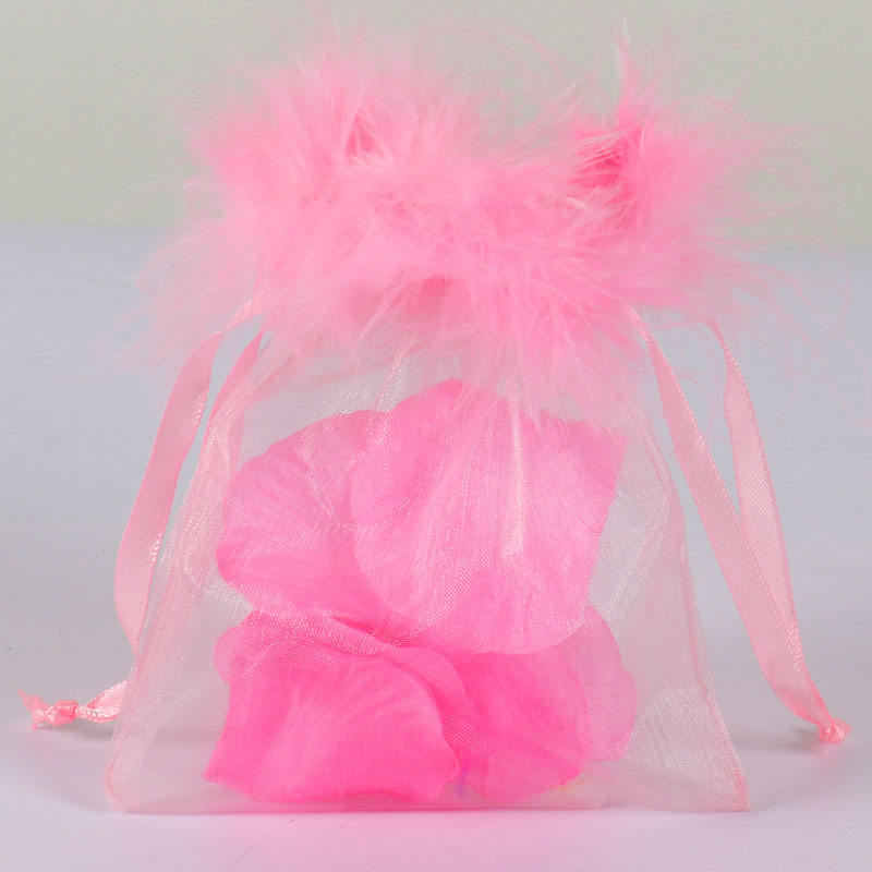 7.5*10cm Wholesale Pink Feather Organza Bags Small Drawstring Gift Bag Fur Organza Pouch Charm Jewelry Packaging Bags & Pouches