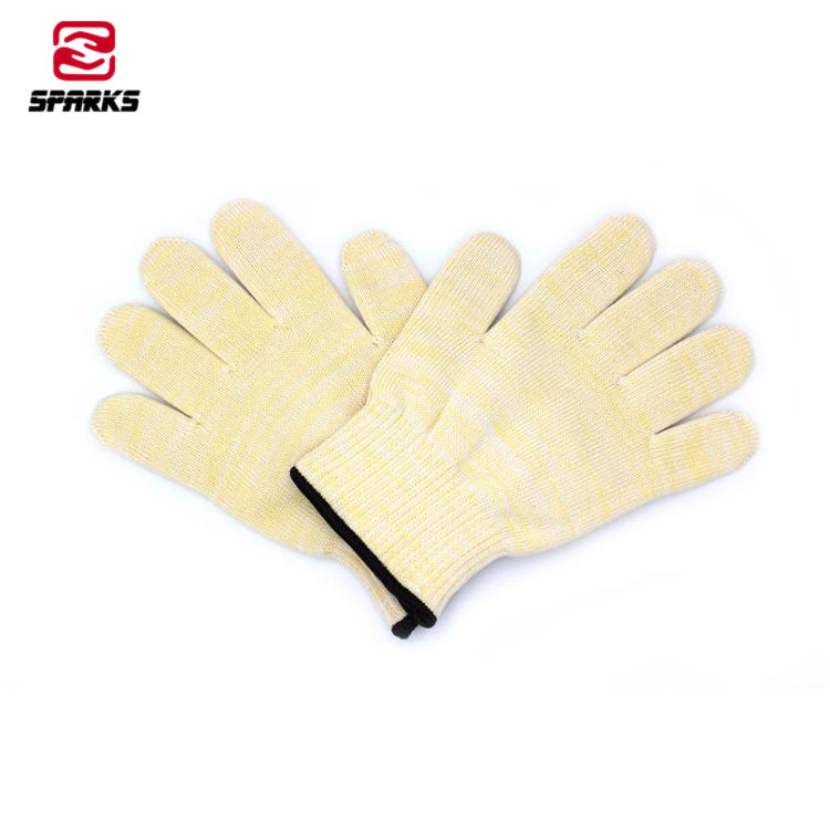 Yellow high quality aramid anti-cutting high temperature resistant gloves