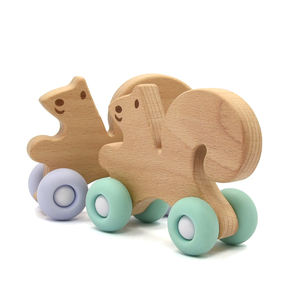 2019 Amazon Hot Sale Animal Squirrel Shape Toddler wooden Teether Toy Silicone and Wood Car Teething Toys for Baby