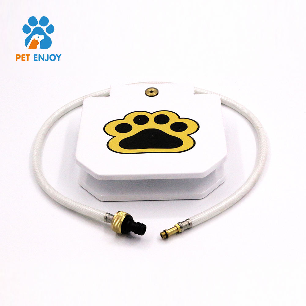 Dog and Cat Feeder Portable Paw Step Pedal Pet Auto Automatic Water Drinking Fountain Dispenser for Dog Outdoor Use