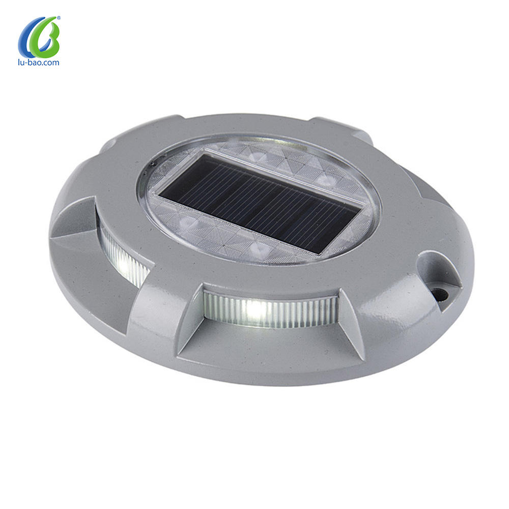 Aluminum High brightness and long working time Solar powered outdoor lights