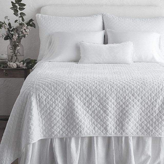 Fancy White Cotton Quilt For Home Hotel Bedding Set