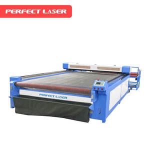 CE ISO Approved Auto Feeding CNC Textile Laser Cutting Machine For Fabric
