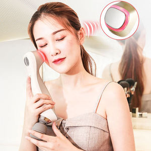 Mini handheld anti aging ice warm facial eye massager multi - function beauty เครื่องนวดหน้า
