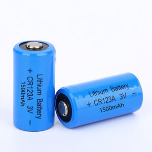 Shenzhen Manufacturers 1500mAh 3V Li-Mno2 CR123A Primary Lithium Battery for Sale