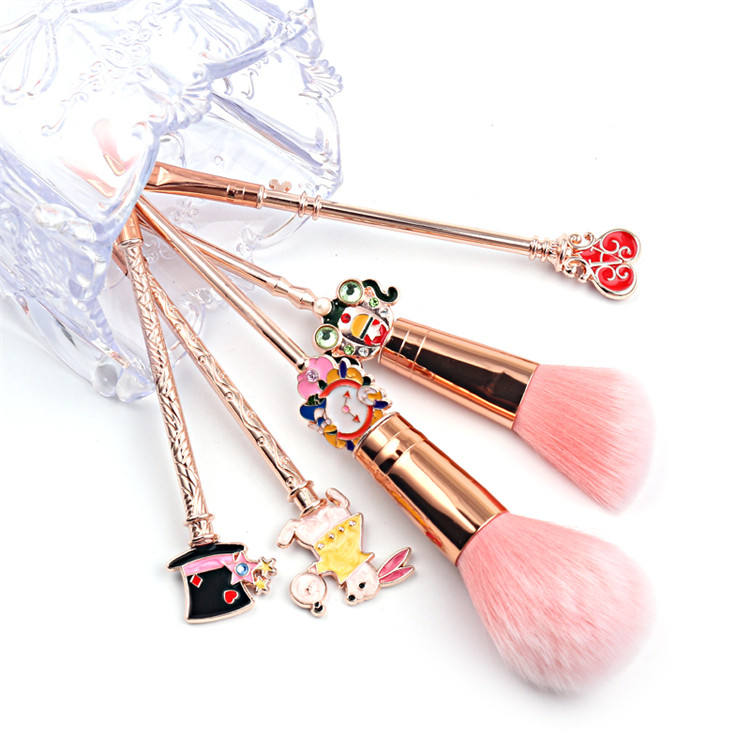 5 Pcs Anime Series Rabbit Eye Blush Brushes Kits Alice in Wonderland Makeup Brushes Set For Girls Gift